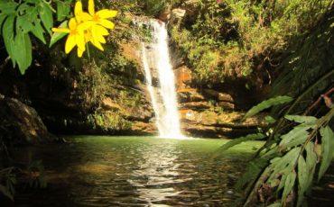 cachoeira da agua limpa E e